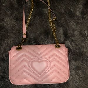 Small pasty pink Gucci marmont